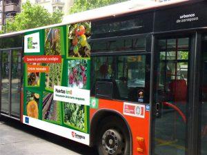 [cml_meya_alt itz='503']Autobús urbano con propaganda d'o prochecto Hortals Life Km0[/cml_meya_alt]